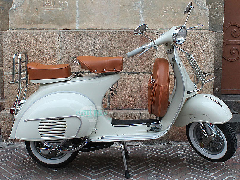planet vespa beautifully restored classic vespas. Black Bedroom Furniture Sets. Home Design Ideas
